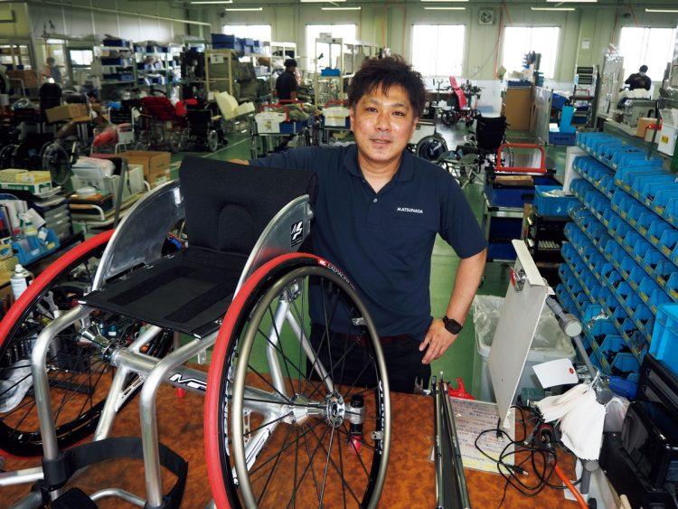 「車いすの根本的な構造を変えたい。今は座ることが当たり前だけど、跨がるのもアリじゃないか」と今後の目標を語る上野正雄さん
