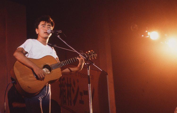 サザンオールスターズ・桑田佳祐。1978年のメジャーデビュー以来、ヒット曲を連発している
