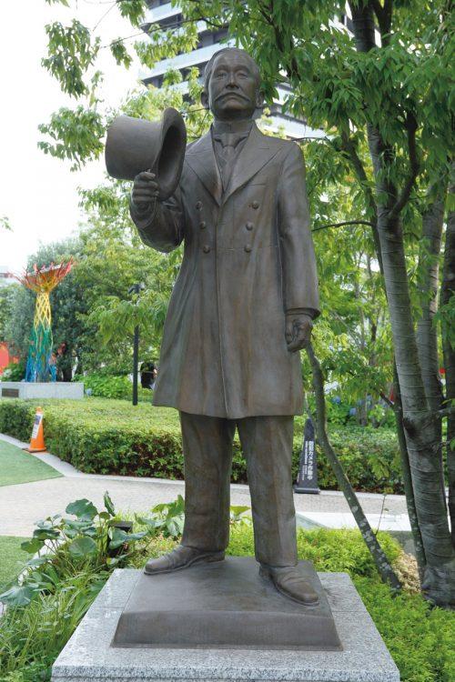 柔道の嘉納治五郎像