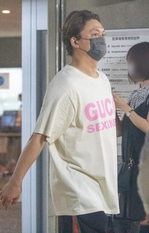 SMAP時代からファッションが注目されてきた香取慎吾