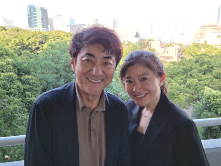 離婚発表と共に公開した写真。円満離婚のようだ。