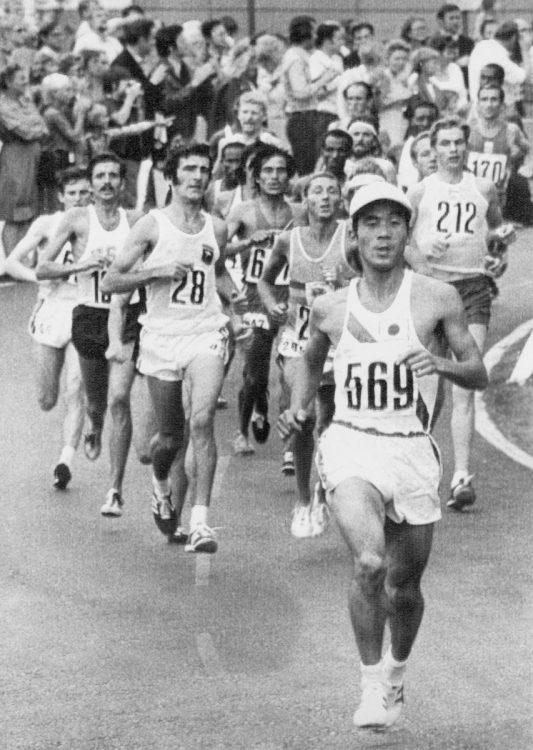 ミュンヘン大会で果敢に先頭を走る宇佐美さん(UPI=共同)