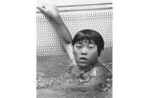 100mバタフライで金メダルを獲得した青木まゆみさん(写真/UPI=共同)