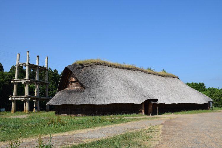 「北海道・北東北の縄文遺跡群」の構成遺産の一つ、青森県の三内丸山遺跡(時事通信フォト)
