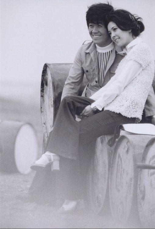 出会った時、柏木さんは新人女優。坂本九さんは『上を向いて歩こう』がアメリカでも『SUKIYAKI』として大ヒット、世界的な人気だった。