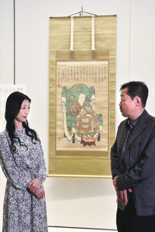 『観智国師 源誉存応肖像』 家康が江戸城へ入府した天正18年頃より交流が始まったとされる