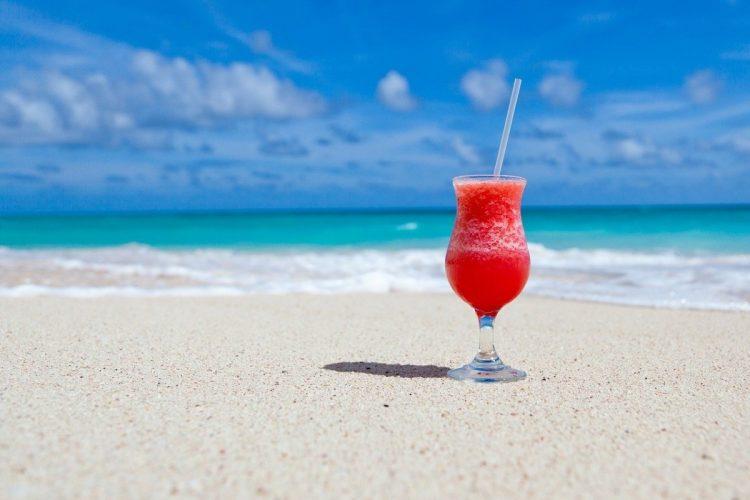 夏の海を楽しみたい!(イメージ)