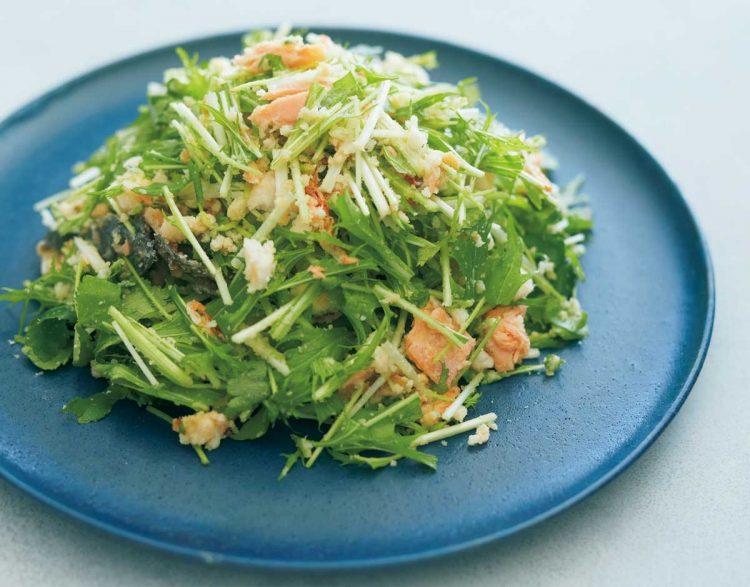 鮭と水菜のおから塩麹サラダ