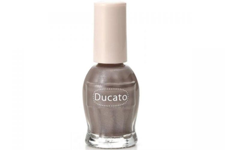 デュカートの『ナチュラルネイルカラー N』の限定色、140番
