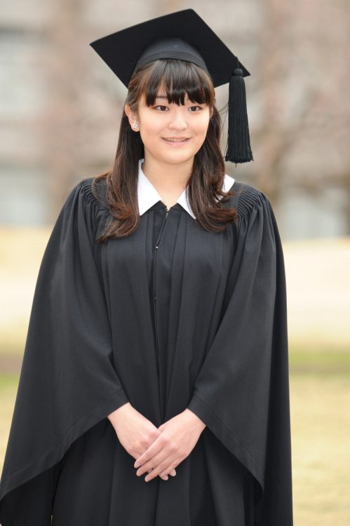 2014年、眞子さまは国際基督教大学をご卒業に(撮影/雑誌協会代表取材)