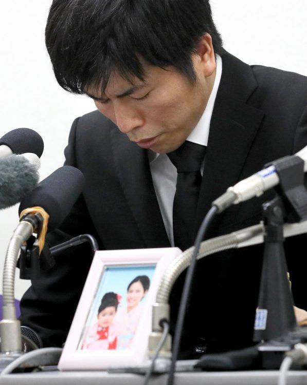 2019年4月24日、事故が起こった5日後に初めて会見を行った時の松永拓也さん。(写真/時事)