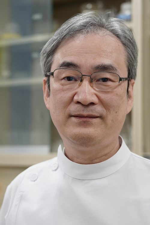 歯を守る最新常識について語る北海道大学歯学部教授の菅谷勉氏