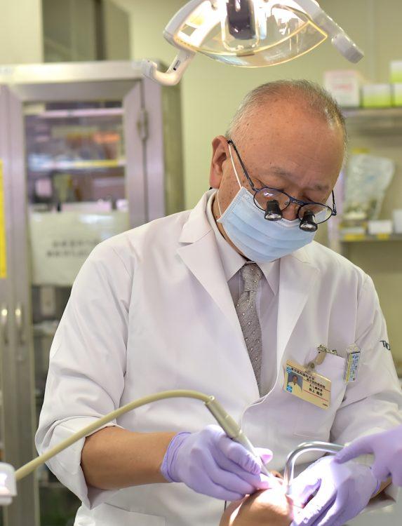 レジン治療の普及に努めてきた東京医科歯科大学の前副学長・田上順次氏
