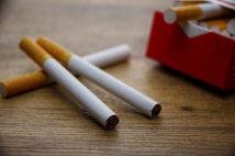 企業の「在宅勤務でも禁煙」ルール導入を「怖い」と感じる人たち