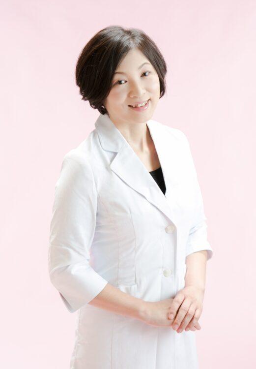 全国の医師と連係して減薬に取り組む管理栄養士の早川麻理子・名古屋経済大准教授