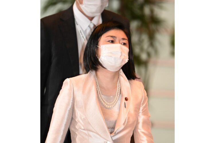 NTT接待の牧島かれんデジタル相「牛丼ってどんな食べ物?」発言の過去