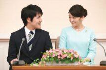 2017年9月3日、東京・赤坂東邸での婚約会見(写真/雑誌協会代表取材)