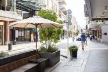 コロナ禍で「居心地が良く歩きたくなる」まちに注目。横浜元町地区を歩いてみた